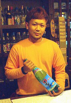 池間敦志(あつし)さん(19歳)居酒屋あすぱやぁ