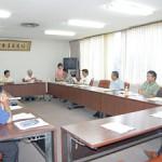 地区営農センター長らで構成する各部所長会議で、支援策の周知を促した=7日、那覇市のJA会館内