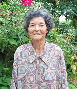 狩俣 ハルさん(88歳)(城辺砂川)